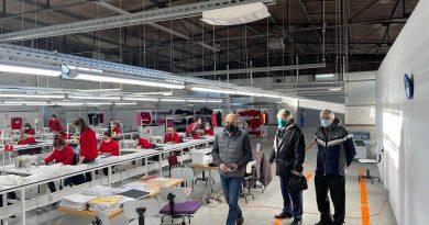 """Искусни инструктори обучавају будуће раднике текстилне фабрике """"Mydenim"""" у Малом Зворнику"""