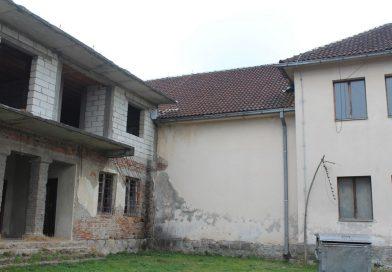 Санирана оштећења крова на Дому културе у Доњој Борини и окречена унутрашњост објекта